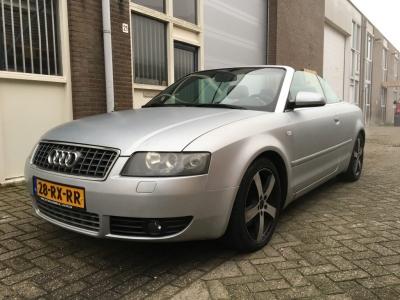 Audi A4 Cabriolet 2.4 V6 Pro Line