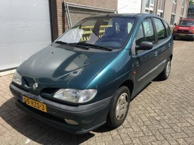 Renault Mégane Scénic 2.0 RT
