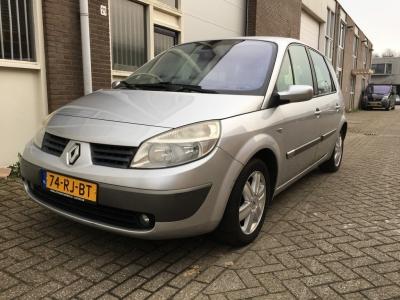 Renault Scénic 1.6-16V Priv.Luxe