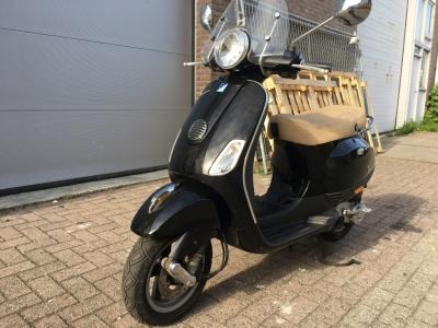 Piaggio Bromscooter LX 50 4T