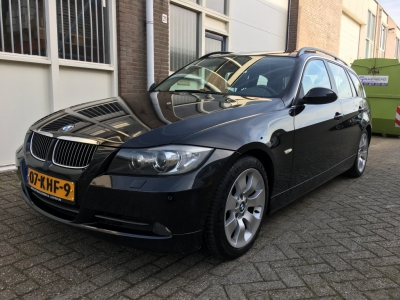 BMW 3 Serie Touring 325i High Executive
