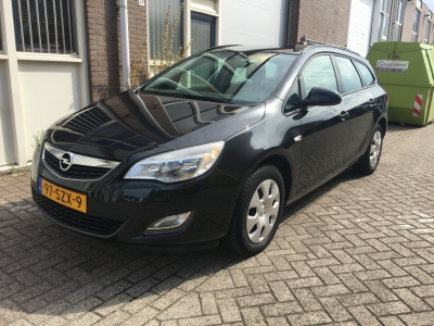 Opel Astra Sports Tourer 1.4 Business Edition