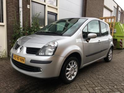 Renault Modus 1.2-16V Exception