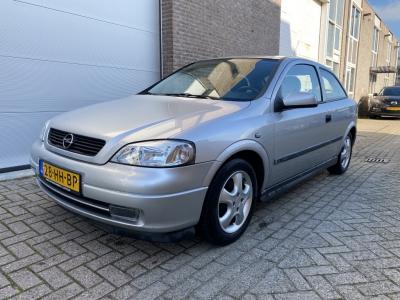 Opel Astra 1.6-16V Sport Ed.