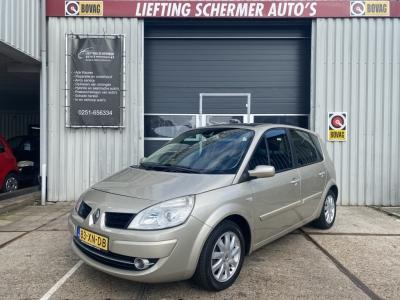 Renault Scénic 1.6-16V Tech Line
